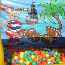 10x10 Ball Pool Pirates